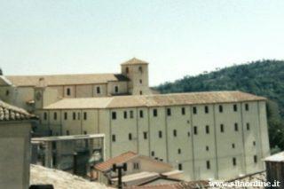 Taverna (cz). Chiesa di San Domenico e Museo Civico.