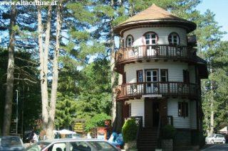 Villaggio Mancuso: la 'Rotonda'